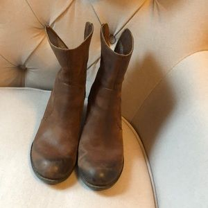 Crown Vintage Brown Leather Boots
